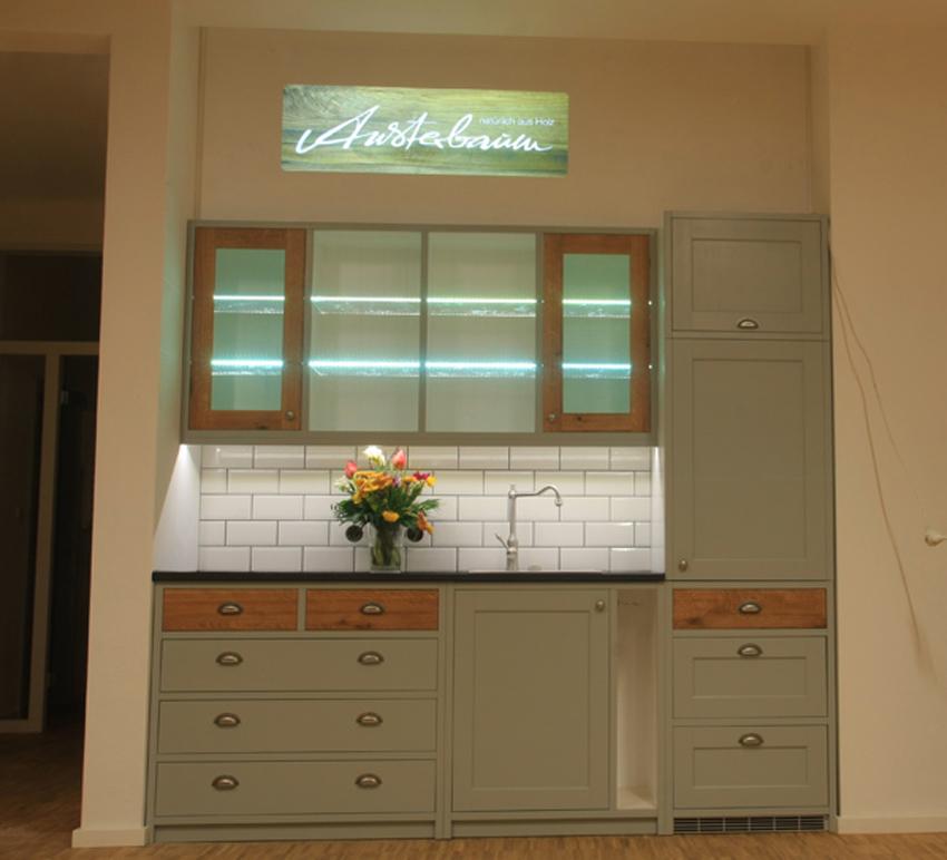 Landhausküche Shakerstil hellgrau/grünlich - Eiche 3