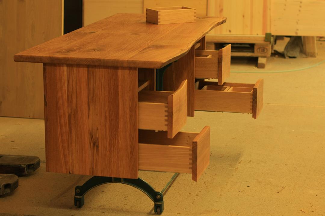schreibtisch eiche metallgestell. Black Bedroom Furniture Sets. Home Design Ideas